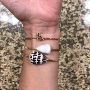 💕3 Gold-filled bangles made in maui💕